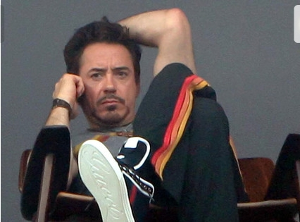 Robert Downey Jr and his Gucci shoes
